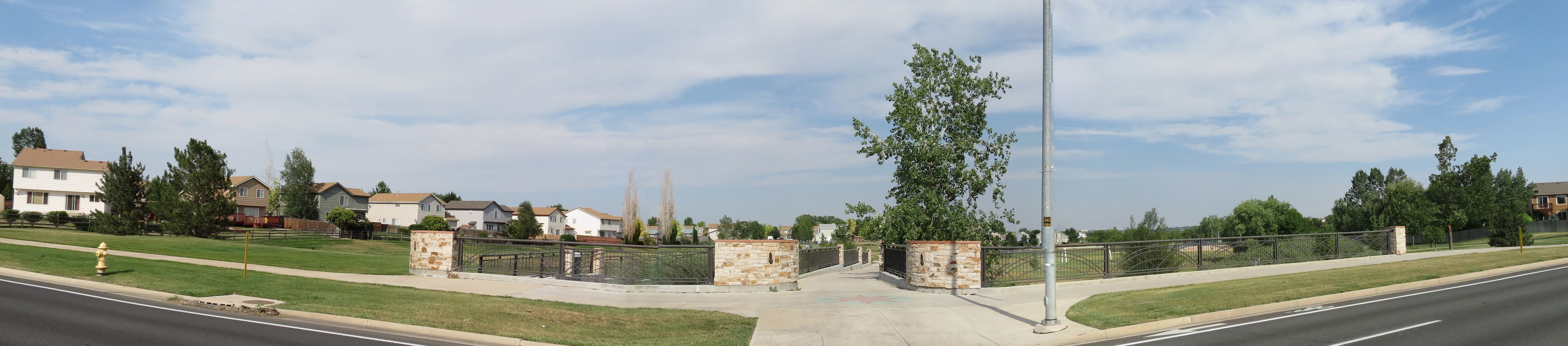 Broomfield Real Estate Courtyard Homes At Redleaf 80020